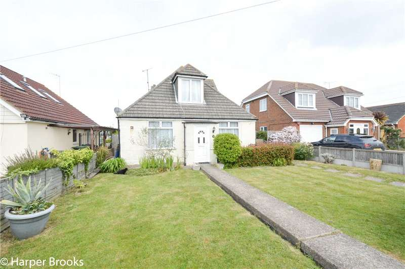 3 Bedrooms Detached Bungalow for sale in Maydowns Road, Chestfield, Whitstable, CT5