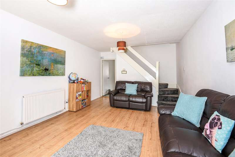 2 Bedrooms Terraced House for sale in Cleave Avenue, Hayes, Middlesex, UB3