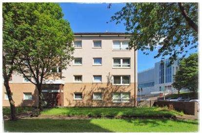 3 Bedrooms Flat for sale in St Mungo Avenue, Glasgow