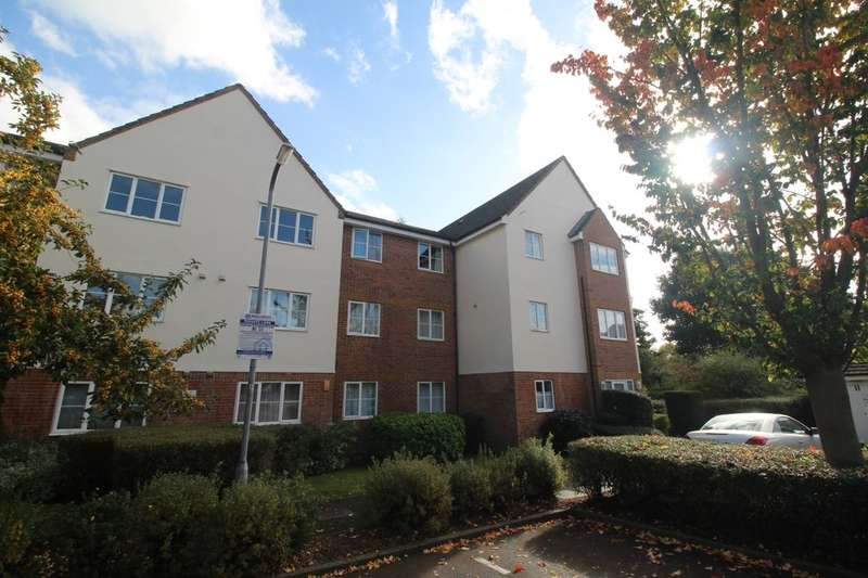 1 Bedroom Flat for sale in Gisburne Way, Watford, WD24