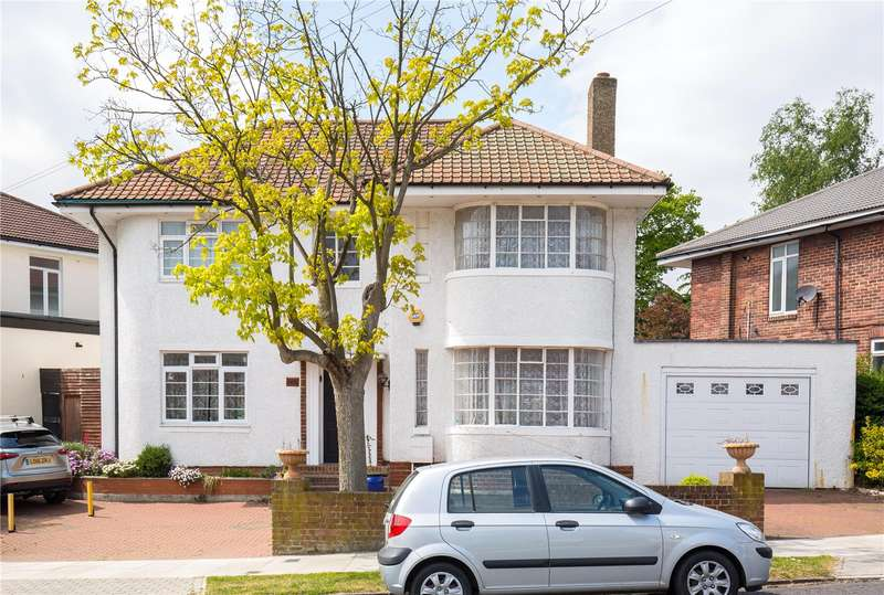 4 Bedrooms Detached House for sale in Raleigh Drive, Whetstone, London, N20