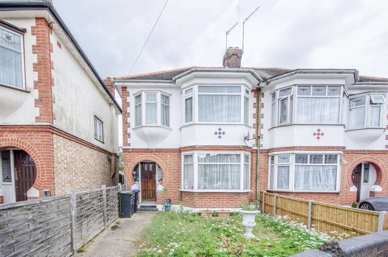 3 Bedrooms House for sale in Orchard Crescent, Enfield Town, EN1