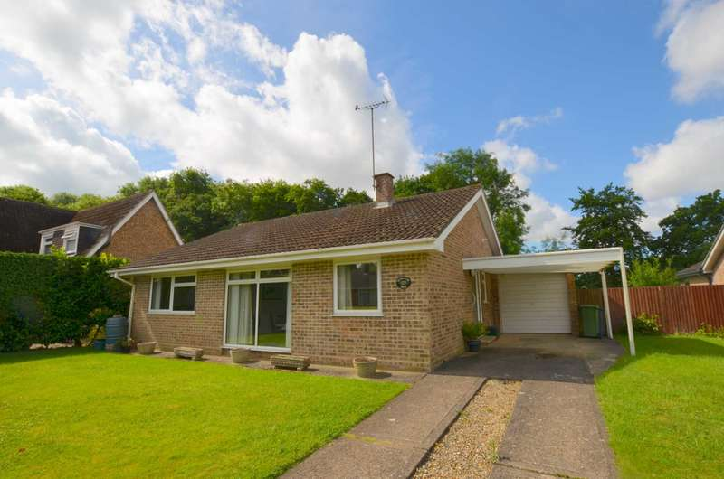 3 Bedrooms Detached Bungalow for sale in Berry Field Park, Amersham HP6