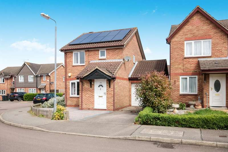 3 Bedrooms Detached House for sale in Wedgewood Drive, Harlow, CM17