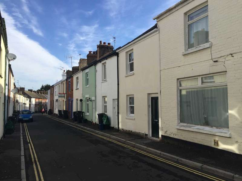 2 Bedrooms Terraced House for sale in George Street, Exmouth