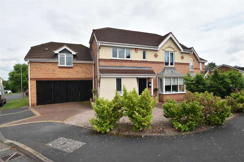 4 Bedrooms Detached House for sale in Falcon Close, Droitwich Spa