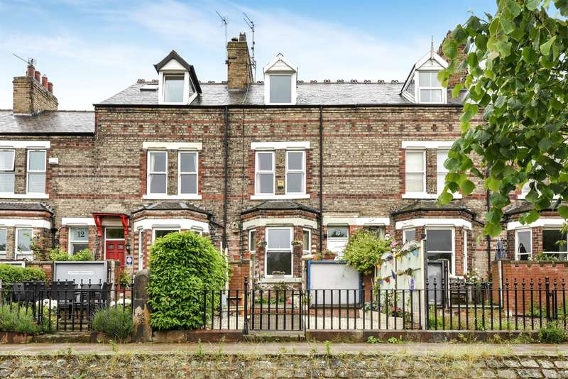 4 Bedrooms Terraced House for sale in Earlsborough Terrace, York, YO30 7BQ