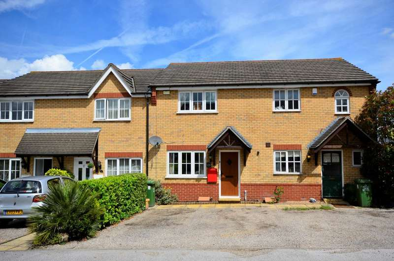 2 Bedrooms Terraced House for sale in Palm Mews, Basildon