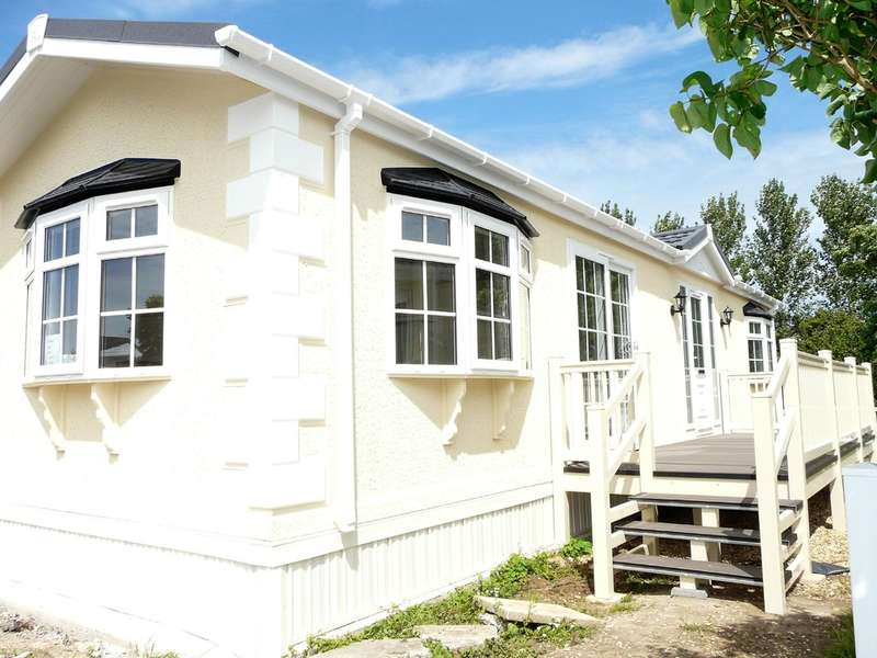 2 Bedrooms Mobile Home for sale in Park End, Summer Lane, Banwell