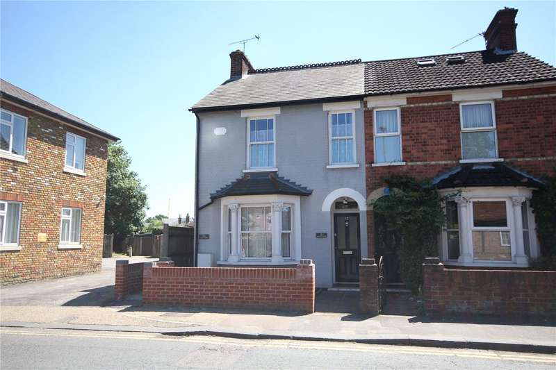 1 Bedroom Maisonette Flat for sale in Guildford Road, Chertsey, Surrey, KT16