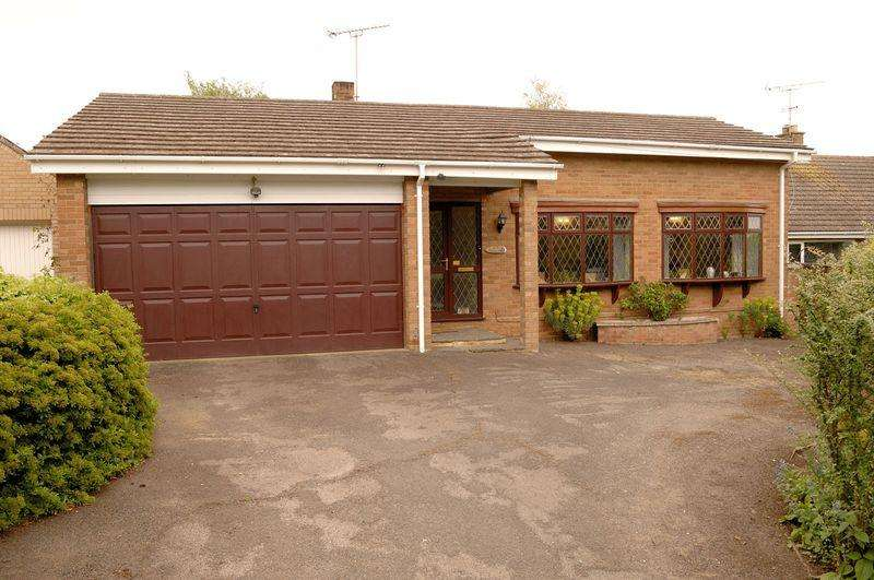 2 Bedrooms Detached Bungalow for sale in Froize End, Haddenham