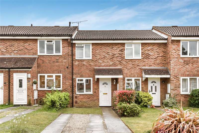 2 Bedrooms Terraced House for sale in Cherrytree Close, Owlsmoor, Sandhurst, Berkshire, GU47