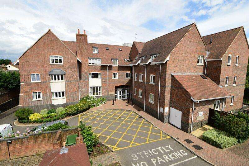 2 Bedrooms Property for sale in Bridge Street, Walton-On-Thames