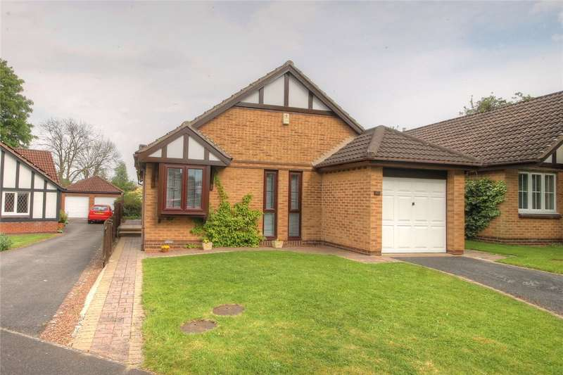 3 Bedrooms Detached Bungalow for sale in Dene Hall Drive, Bishop Auckland, County Durham, DL14