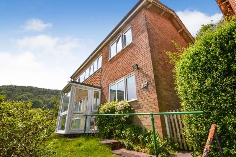 3 Bedrooms House for sale in Hill Road, Eastbourne, BN20