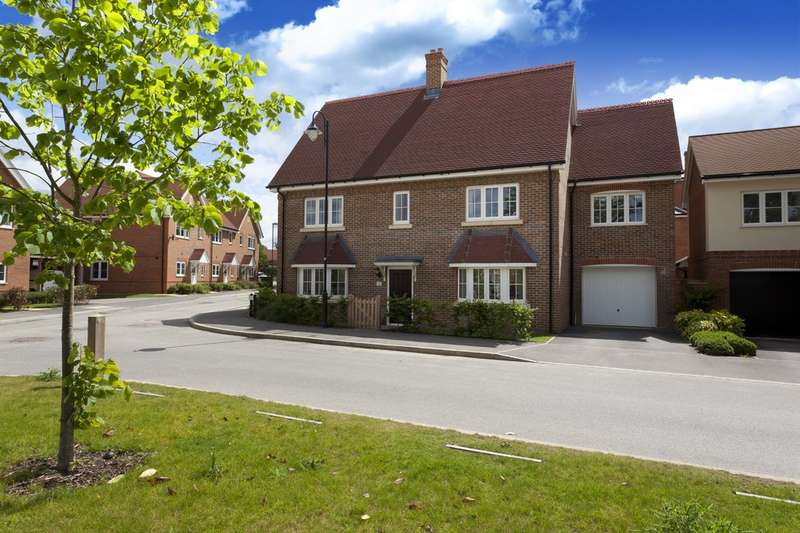 4 Bedrooms Detached House for sale in Cook Way, Wickhurst Green