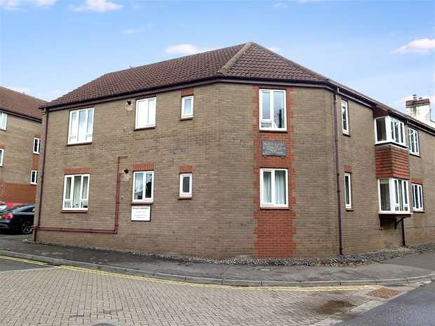 2 Bedrooms Flat for sale in Palace Court, Silver Street, Wells