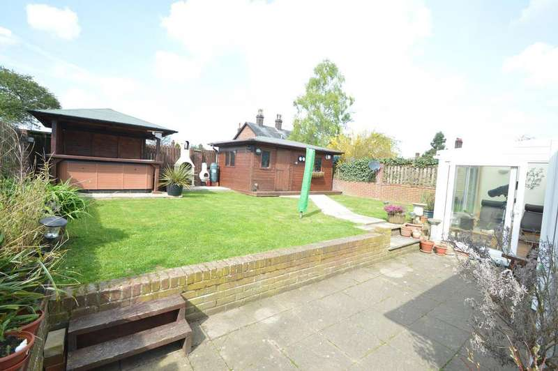 5 Bedrooms Chalet House for sale in Queens Road, Earls Colne CO6