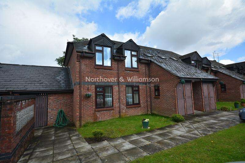 2 Bedrooms Flat for sale in Oakmeadow Court, Ashdown Close, St. Mellons, Cardiff. CF3