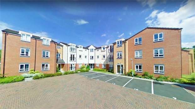2 Bedrooms Flat for sale in Wolseley Road, Rugeley, Staffordshire