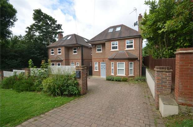 4 Bedrooms Detached House for sale in Milespit Hill, London, London