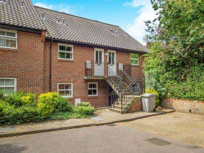 1 Bedroom Flat for sale in Coltishall, Norwich, Norfolk