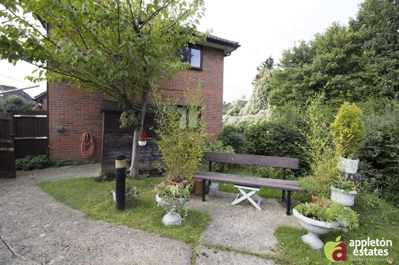 1 Bedroom Flat for sale in Waddon Lodge, Croydon