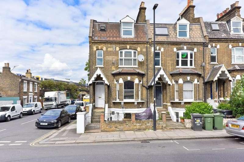 3 Bedrooms Flat for sale in Herne Hill Road, London SE24