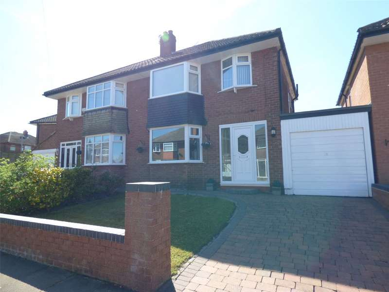 3 Bedrooms Semi Detached House for sale in Malvern Road, Alkrington, Middleton, Manchester, M24