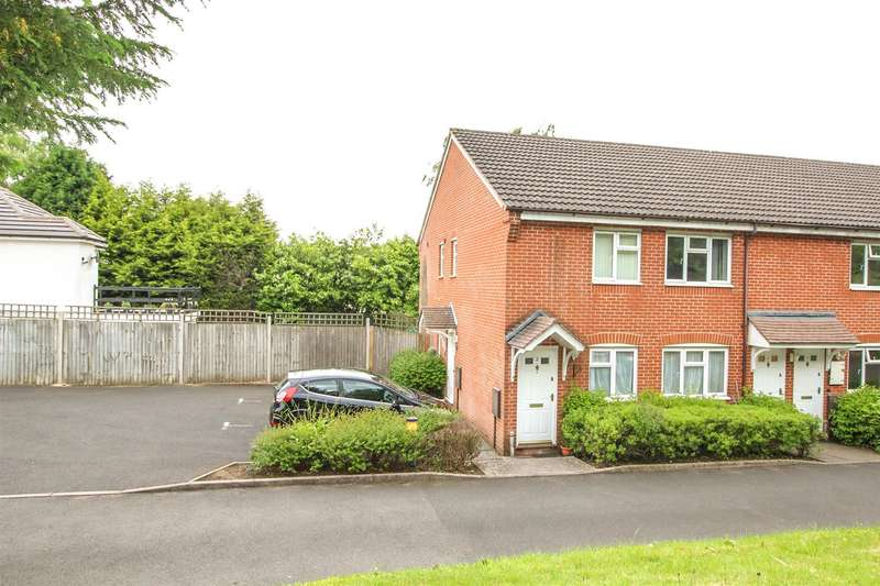 2 Bedrooms Maisonette Flat for sale in Mark Close, Redditch