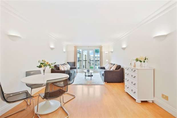 2 Bedrooms Flat for sale in Russell Lodge, London Bridge