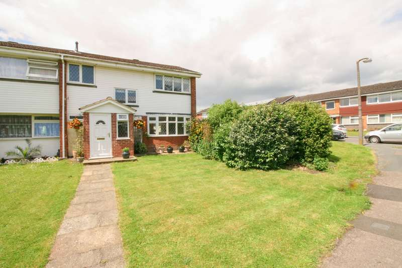 3 Bedrooms Semi Detached House for sale in Burn Walk, Burnham
