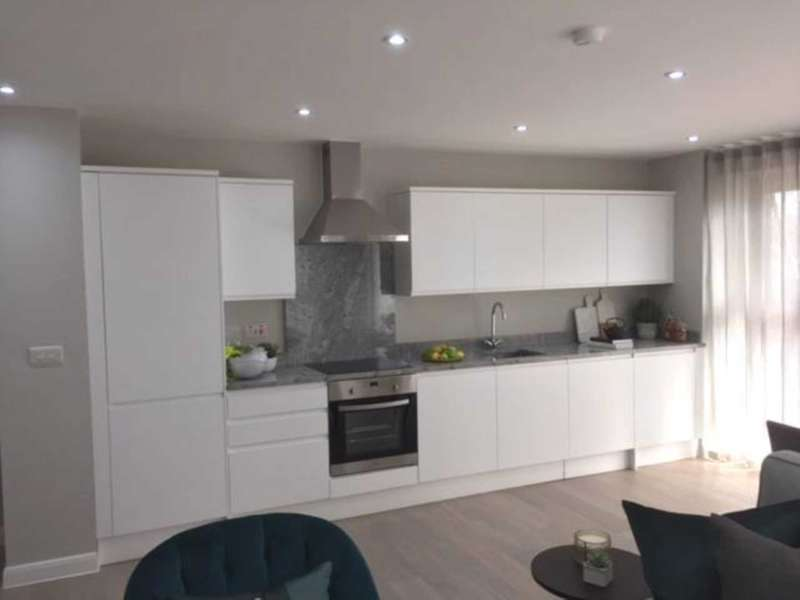 3 Bedrooms Apartment Flat for sale in Ilderton Road, New Bermondsey, SE16 3LA