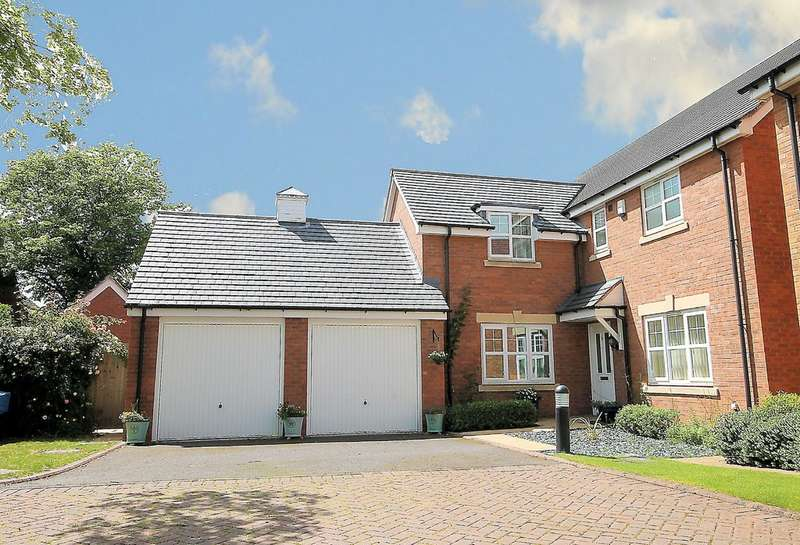 4 Bedrooms Detached House for sale in Fosse Close, Two Gates, Tamworth, B77 1BJ