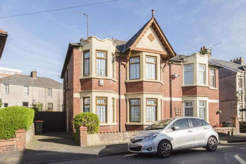 3 Bedrooms Property for sale in Alma Street, Newport