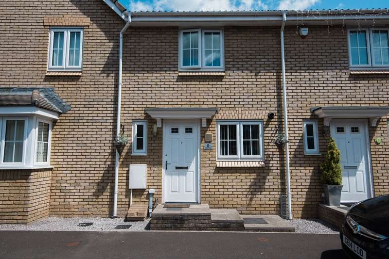 2 Bedrooms Terraced House for sale in Poplar Place, Cwmbran, Torfaen, NP44