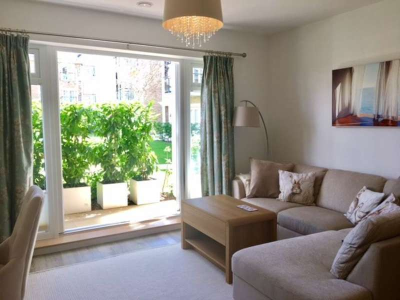 2 Bedrooms Ground Flat for sale in Lower Sunbury