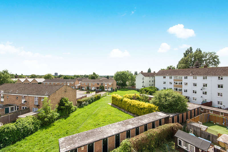 2 Bedrooms Flat for sale in Lower Brownhill Road, Southampton, SO16