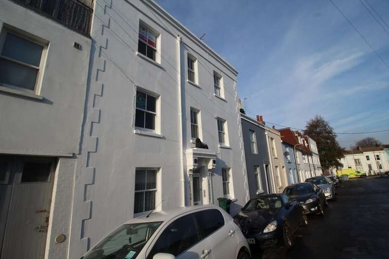 Flat for rent in Milton Road, Brighton, BN2