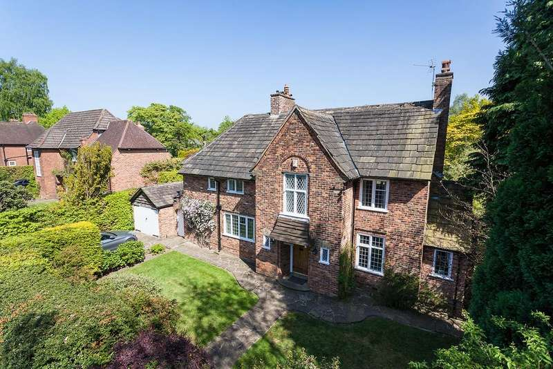 4 Bedrooms Detached House for sale in Bollin Hill, Wilmslow
