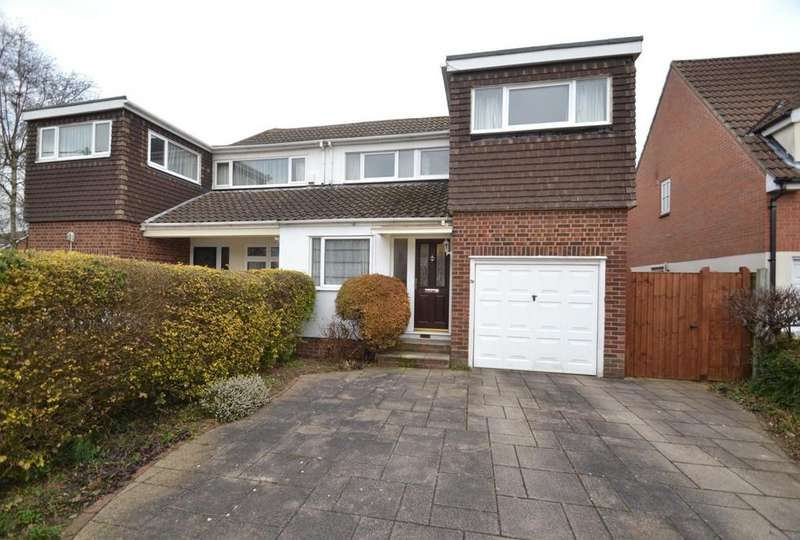 3 Bedrooms Chalet House for sale in Norsey View Drive, Billericay, Essex, CM12