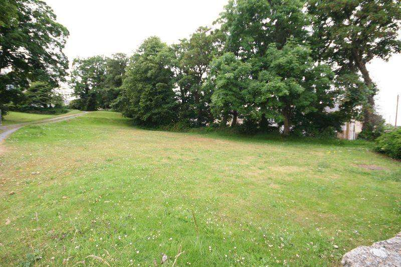 3 Bedrooms Land Commercial for sale in Amlwch, Anglesey