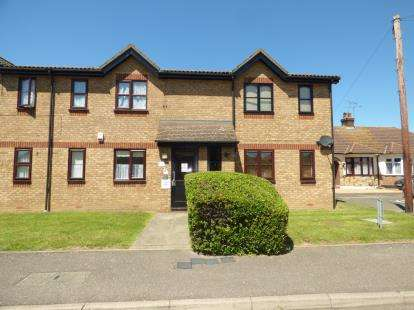 1 Bedroom Flat for sale in Ferro Road, Rainham, .