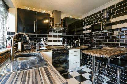 3 Bedrooms Bungalow for sale in Watton, Thetford