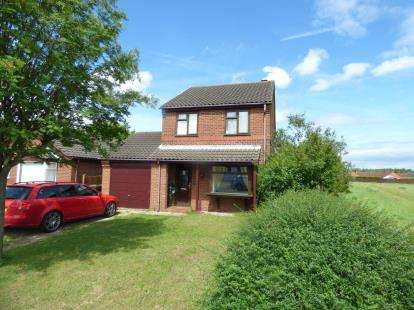 3 Bedrooms Detached House for sale in Melbourne Road, Lincoln, Lincolnshire