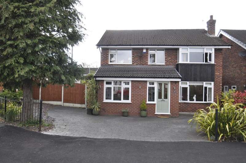 4 Bedrooms Detached House for sale in Albany Road, Bramhall,