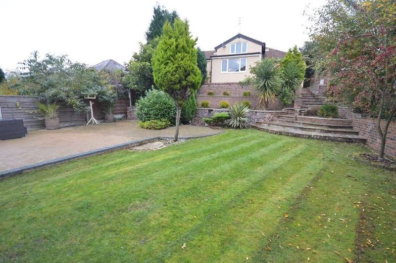 3 Bedrooms Semi Detached Bungalow for sale in Brookside Road, Gatley