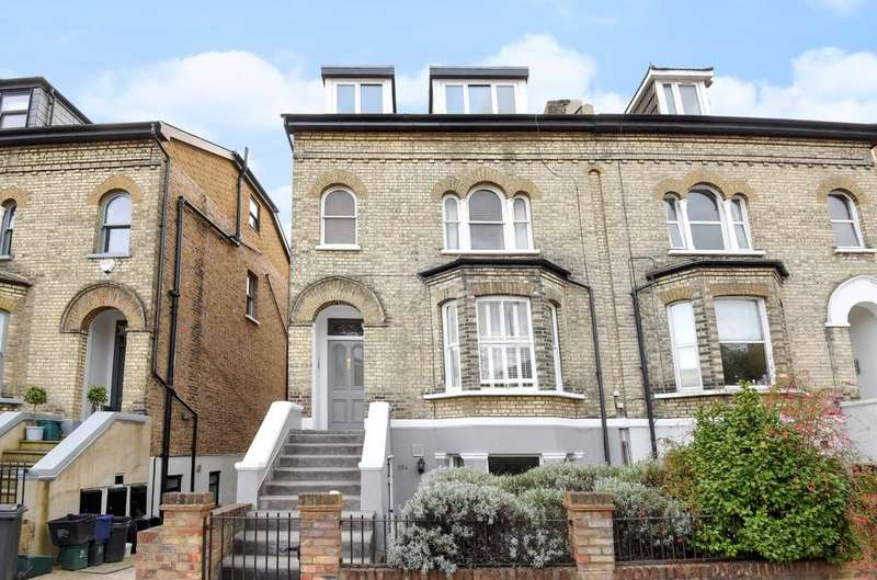 1 Bedroom Ground Flat for sale in Teddington