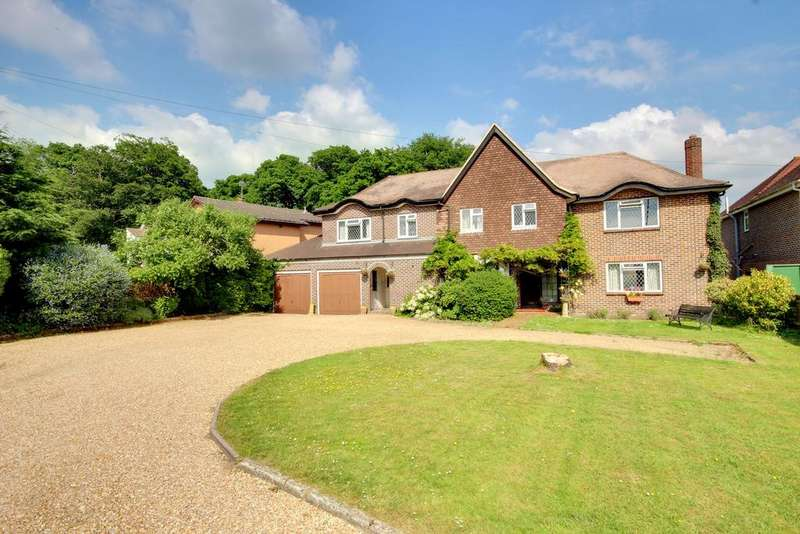 5 Bedrooms Detached House for sale in WATERLOOVILLE