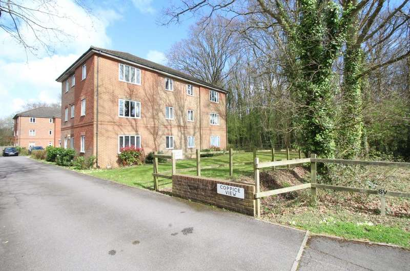 2 Bedrooms Apartment Flat for sale in Coppice View, Caraway, Whiteley
